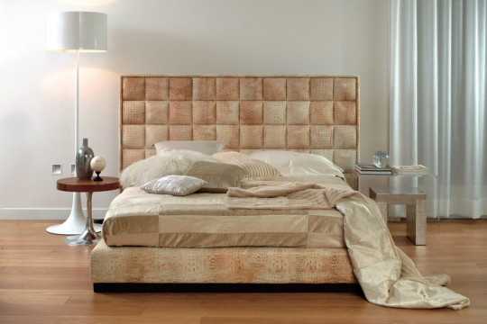 Milano Bed Cocco Leather