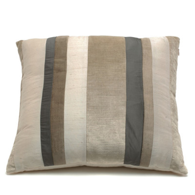 Bagnaresi Casa - Cushion - PATCH Q10 - VLD 12 PANNA